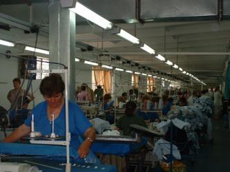 Peste 100 de textiliste au fost trimise in somaj de la firma Panorea.