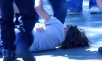 O fata a fost batuta de patru tigani pana a fost inviata cu apa.