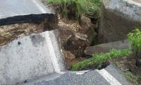 Drum surpat in comuna Lita.